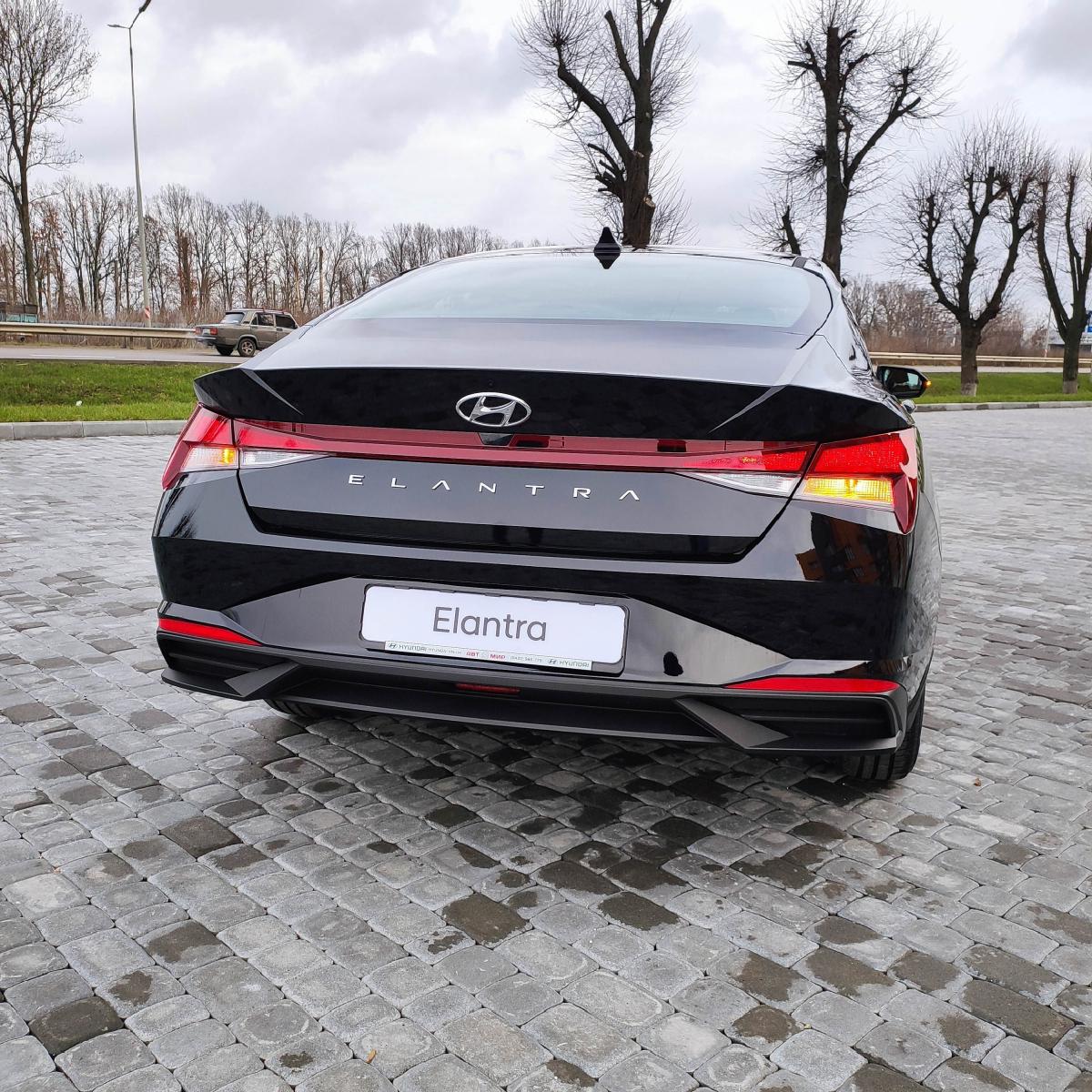 Поставте під сумніви старі правила разом з Hyundai New Elantra! | Хюндай Мотор Україна - фото 12