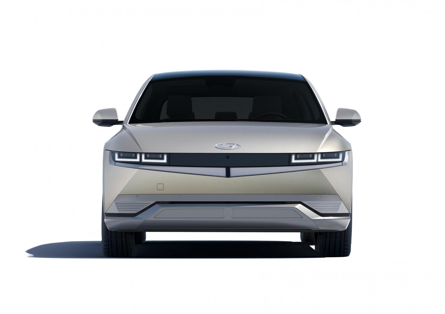 Hyundai IONIQ 5 переосмислює спосіб життя з електричною мобільністю | Івано-Франківськ - фото 11